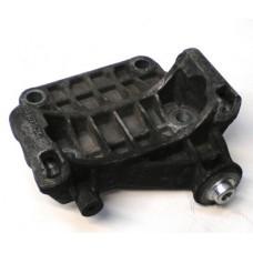 Tvirtinimo laikiklis-kronšteinas generatoriaus VW / Audi 2.7/3.0TDi V6 059903143K