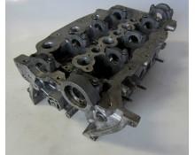 Variklio galvutė Citroen / Peugeot / Jaguar 2.7D PM 4R8Q-6C064